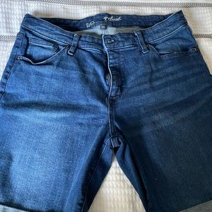 Size 16WR Bermuda Jean Shorts